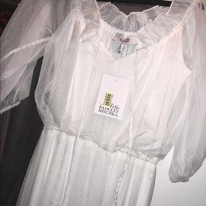 Gauzy white Maxi dress 🕊
